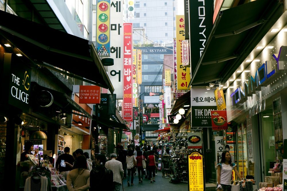 myeongdong-shopping