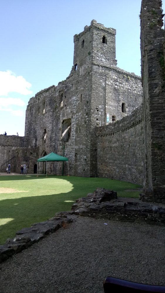 kidwelly-castle