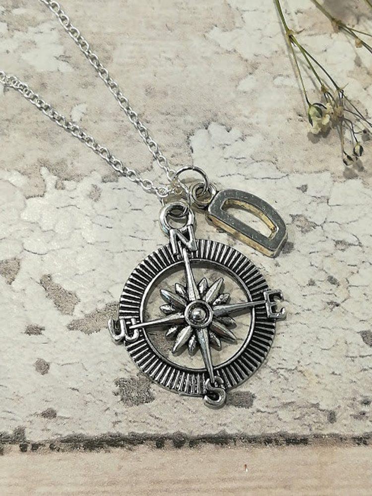 compass-necklace