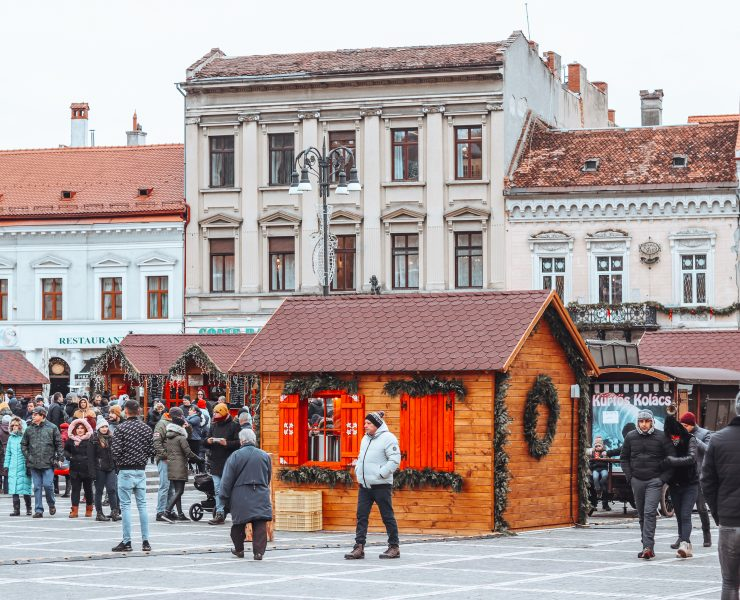 brasov council square romania