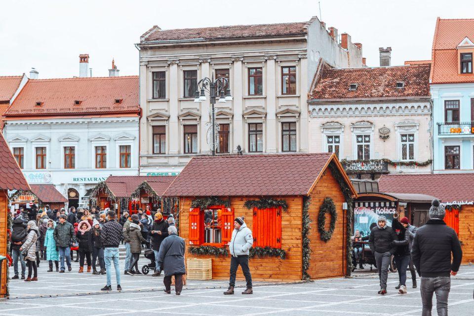 brasov council square romania