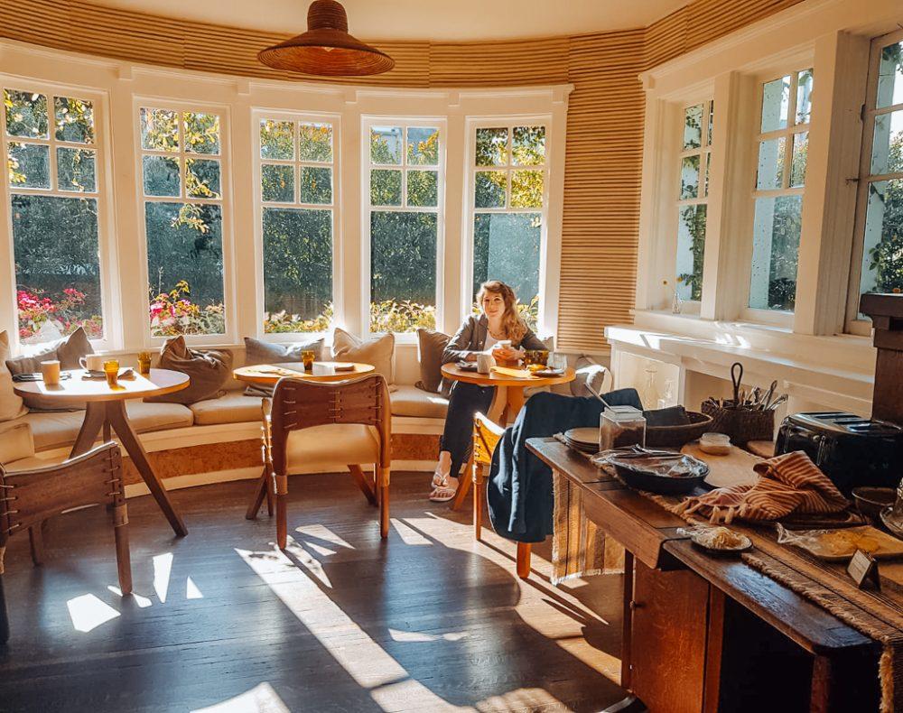 venice beach house breakfast