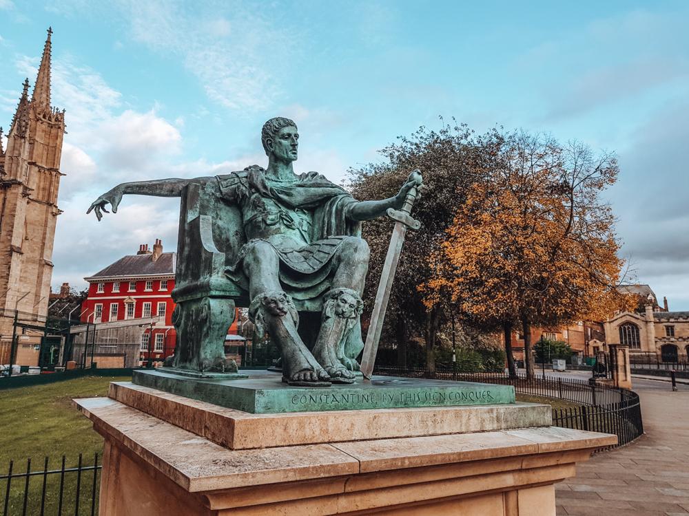 Constantine statue york minster