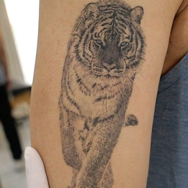 ilwolhongdam korean tatoo artists