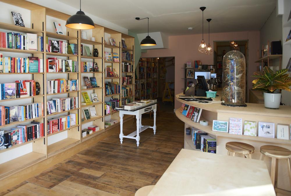 phlox books london cafe